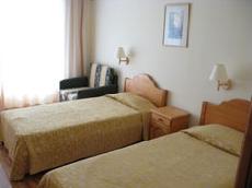 Хотел -